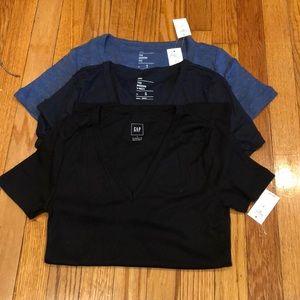 Women's GAP v-neck T-shirt's size S.